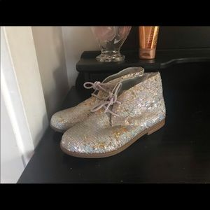 GB Girls Sparkly Sequence Shoes Size 3 (NEW)